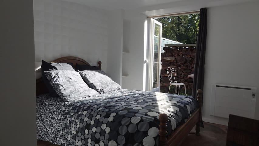 Guest house avec entrée indépendante et jardin