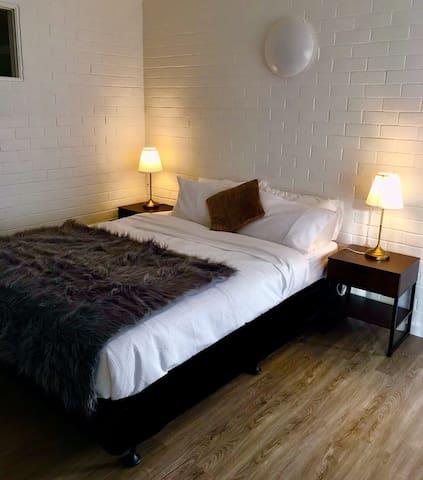 Mannat Residency Inn Motel