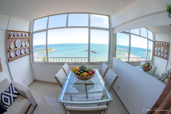 Excelente Apartamento de Frente para o Mar
