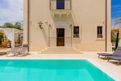 Palazzo+Calea