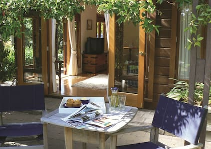 Fairview Cottage Luxury B & B - Renwick