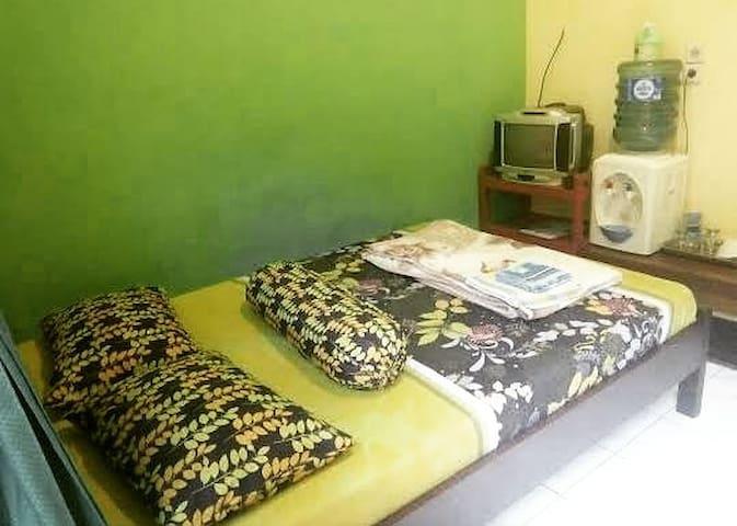 Guest house trimuqti