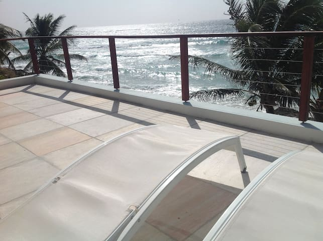 The View - Middle Deck - Seafront