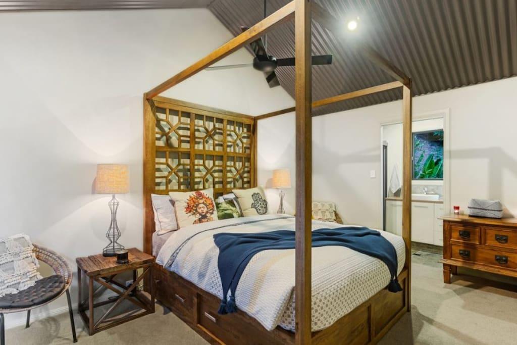 The Chintamani Room