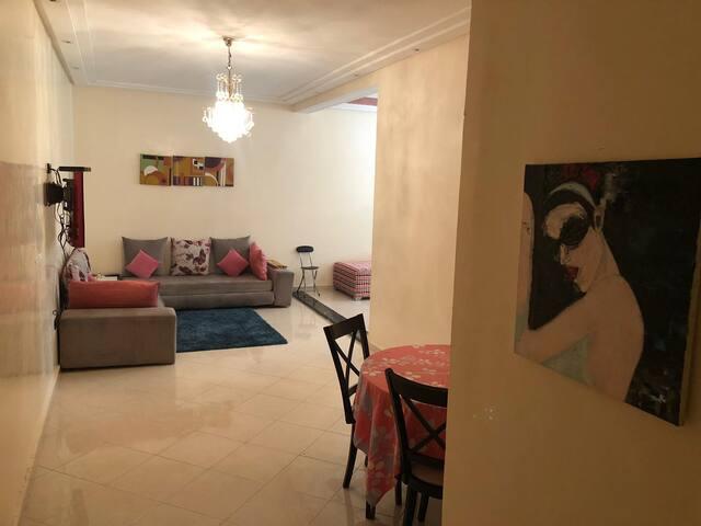 Appartement propre, calme et très bien situé.