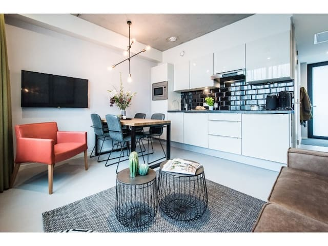 New 2 Bedroom Family Apartment in the Eastern Docklands District