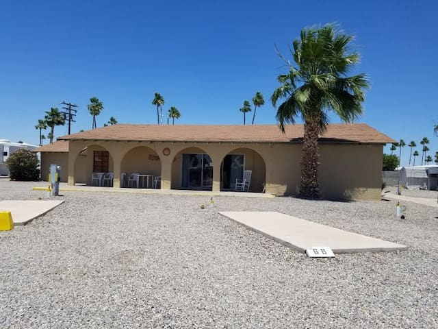 Desert Holiday Resort Rental #B
