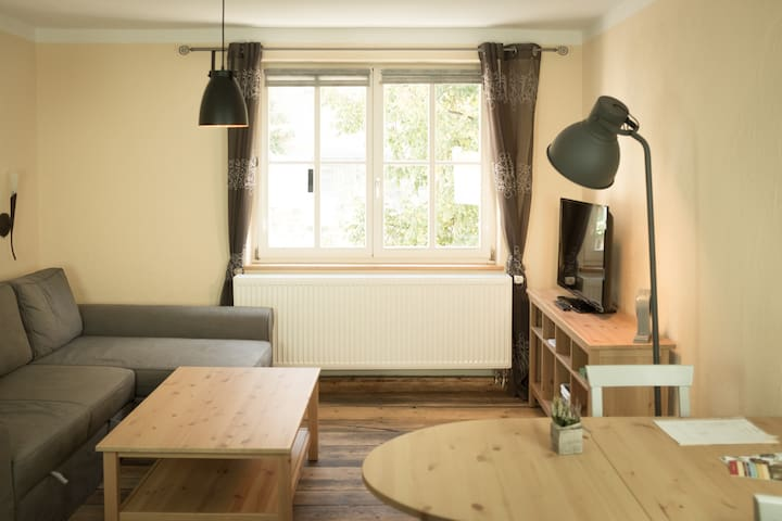 Große helle Wohnung mit Aussicht