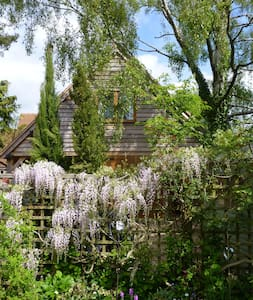 Detached garden annex near Oxford - Cumnor