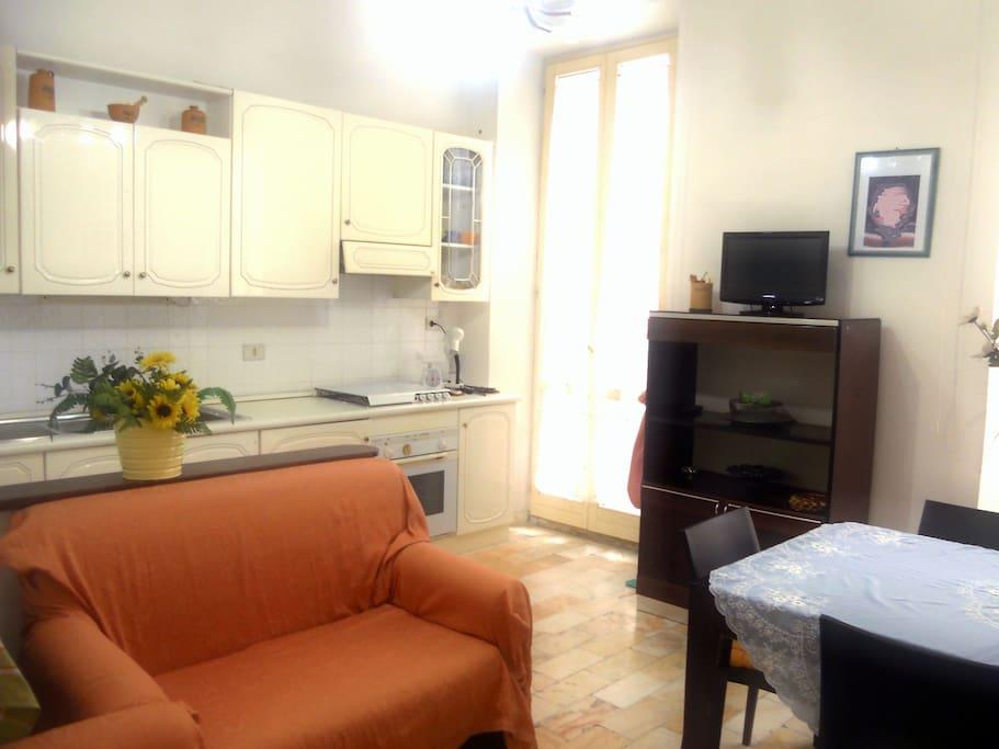 Living room / Kitchen (1st floor)