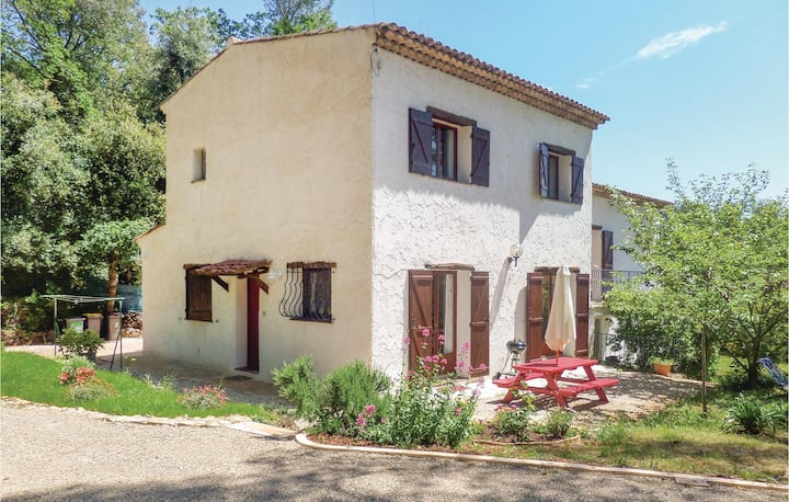 Stunning home in St Paul de Vence with WiFi and 2 Bedrooms