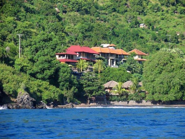 Bayu Cottages in Amed, all sea view rooms - Karangasem Regency