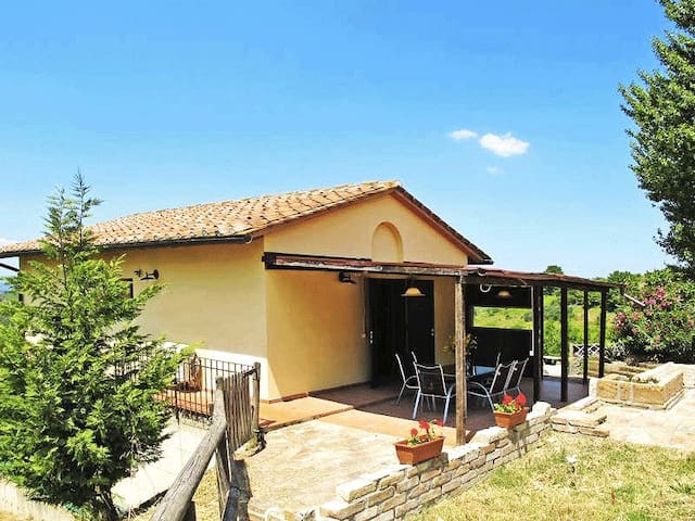 Private Great House with view in Chianti Hills