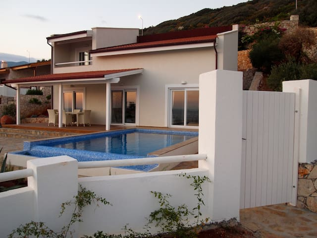 Villa Oliva, new villa in a quiet place in the sun - Kaş - 別墅