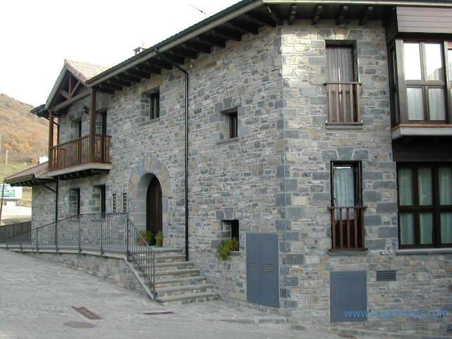 Apartamentos Pilar 6