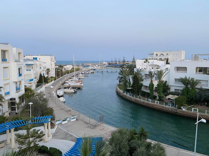 Lovely Apartment in Marina - By the Sea (200m)