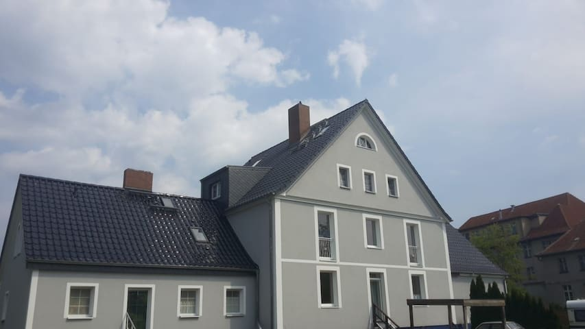Große gemütliche Dachgeschosswohnung