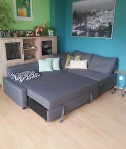 Gemütliche Couch zu vermieten. - Gärtringen