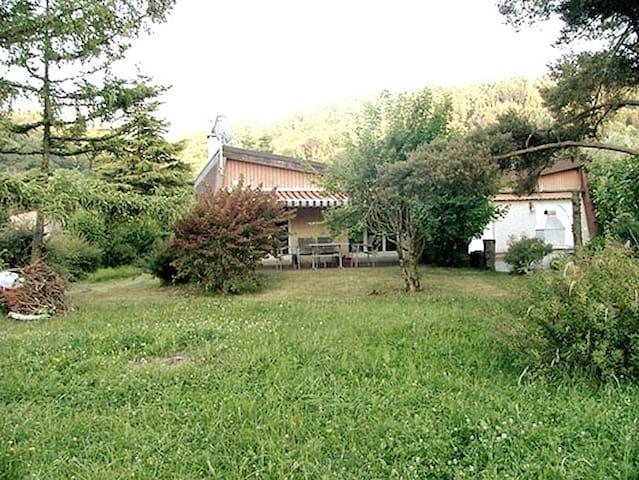 Maison cosy au bord du lac de Neuchâtel