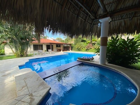 Casa Iguanas Ranas Likin