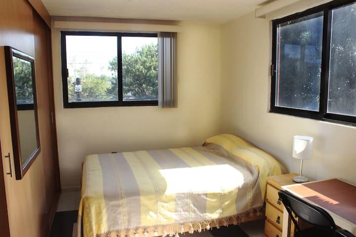 Cálida y hermosa suite céntrica para 2 (A1)