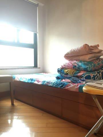 1 bedroom and shared common area - 香港