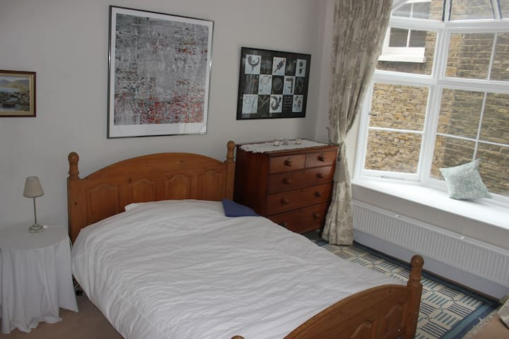 Beautiful Large double room - Londres - Casa