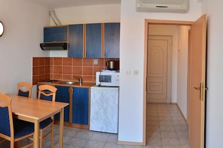 Apartments Funda / Two Bedrooms Mars 3 - Necujam - Apartament