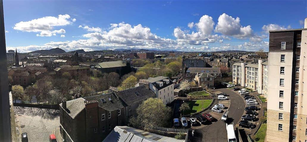 Amazing views over Edinburgh