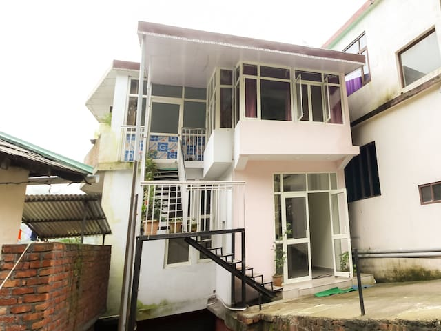 OYO - Elegant 1 BR Abode, Dharamshala - Marked Down!