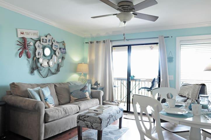 Hilton Beach & Tennis Condo in Ocean Villas