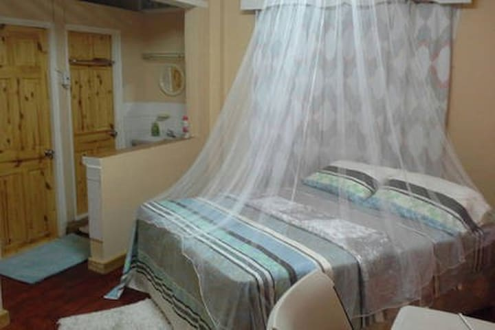 Cosy Room @ Hope Cottage Guest House
