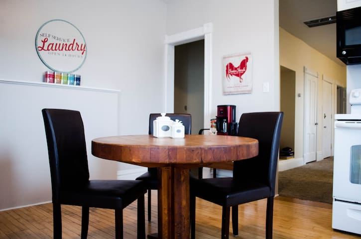Darling & Cozy 3 Bed Loft; Full kitchen, Laundry! - Saint Paul - Apartamento