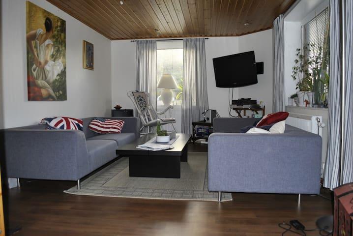 Charmig lägenhet i Hunnebostrand - Hunnebostrand - Apartment