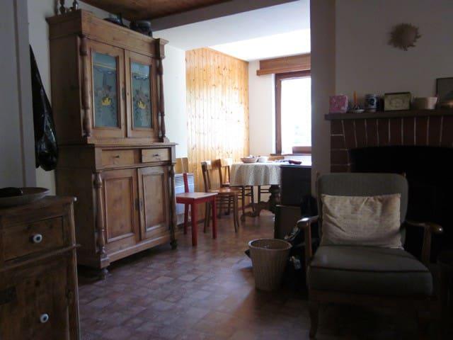 Charming Ticino house - Malvaglia - Casa