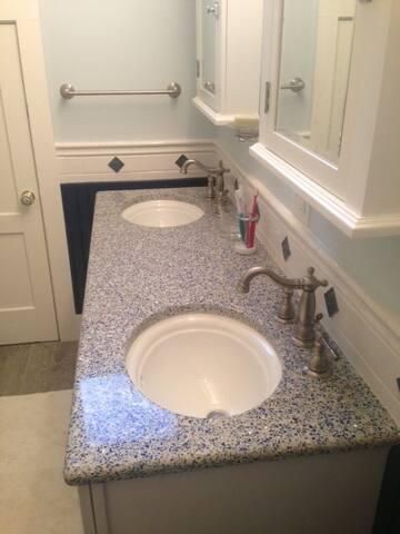 2nd floor bath double sinks