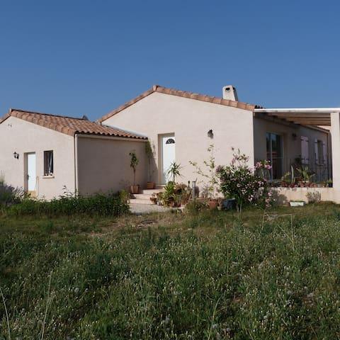 Petite chambre dans maison en Ardèche