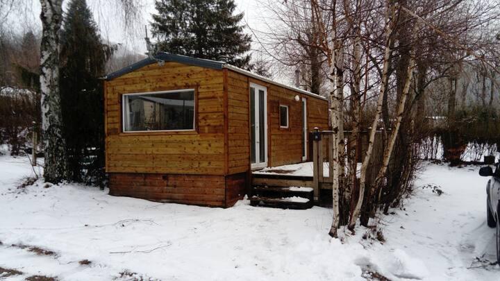 Mobil-home dans camping 3 étoiles à La Bourboule