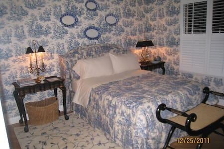 West Bloomfield Luxury Stay - West Bloomfield Township - Kondominium
