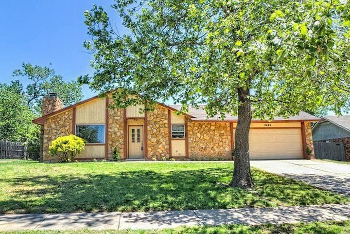 3 bed, 2 bath; 5 minutes from OU