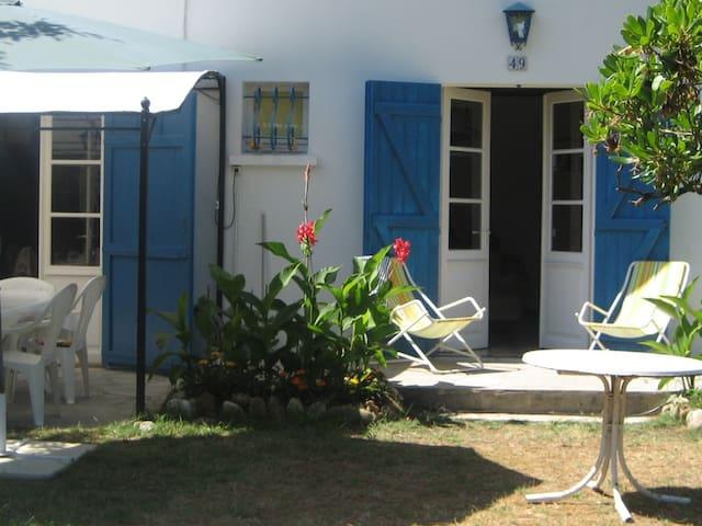 villa Hestia dans les pins - calme-800 m plage sud - Vendays-Montalivet - Casa