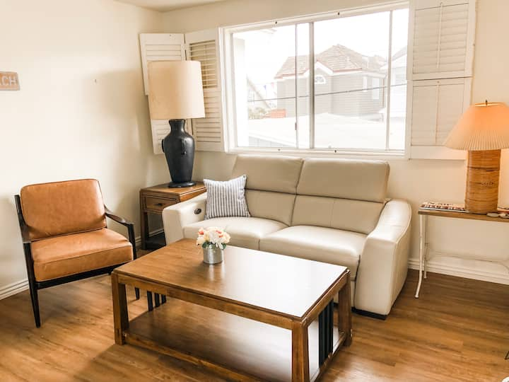 2 BDR Apt. steps from Coveted South Bay Front