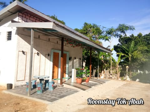 Roomstay Tok Abah : A