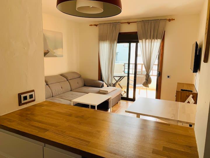 Coqueto apartamento Costa T. pool Wifi Netflix