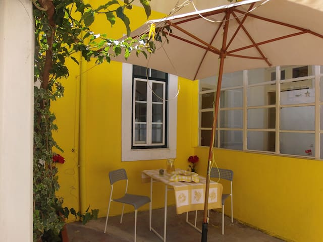 Apartamento calmo com pátio - Lisboa - Lakás