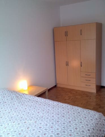 little comfort Zurich City - Zürich - Bed & Breakfast