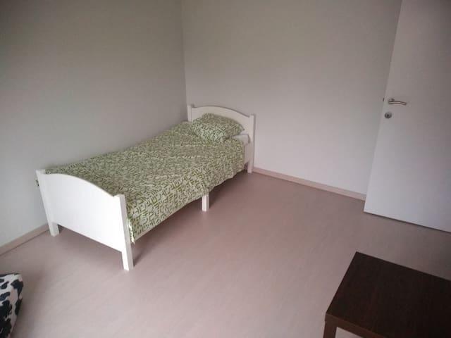 Centraal en rustig gelegen kamer voor 1 of 2
