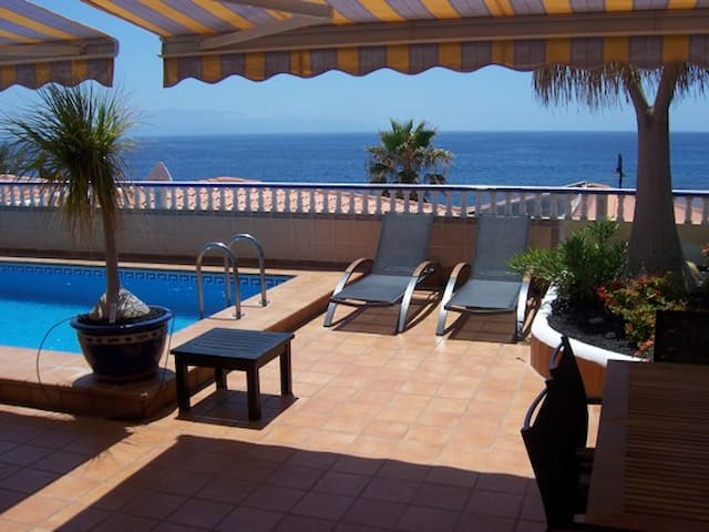 Amazing 5 beds Villa - Playa San Juan - House