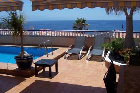 Amazing 5 beds Villa - Playa San Juan - 獨棟
