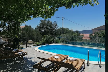 Apartment Dijana3 *with pool*near Split and Trogir